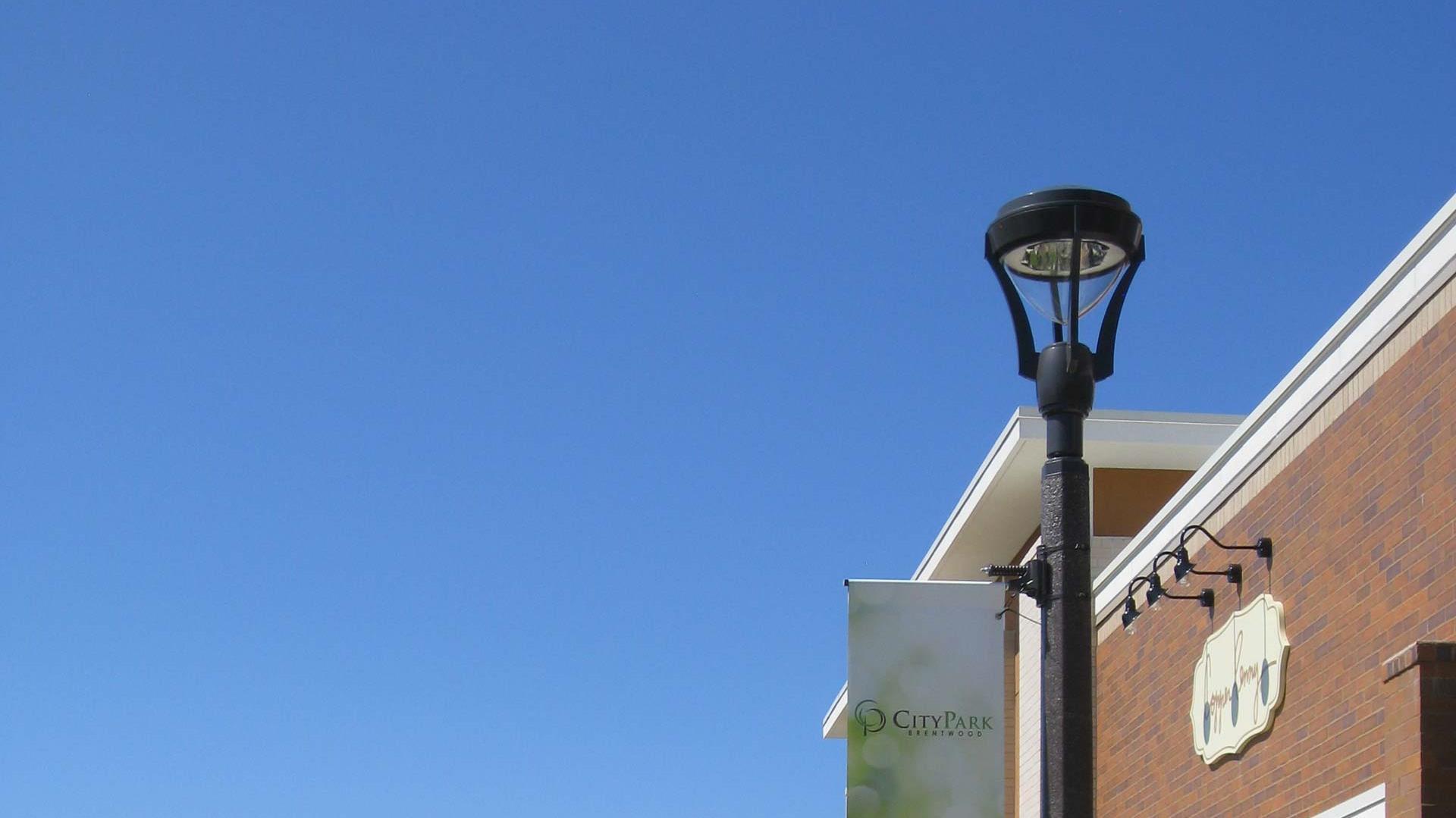 Victorian Series 8 Lighting Poles