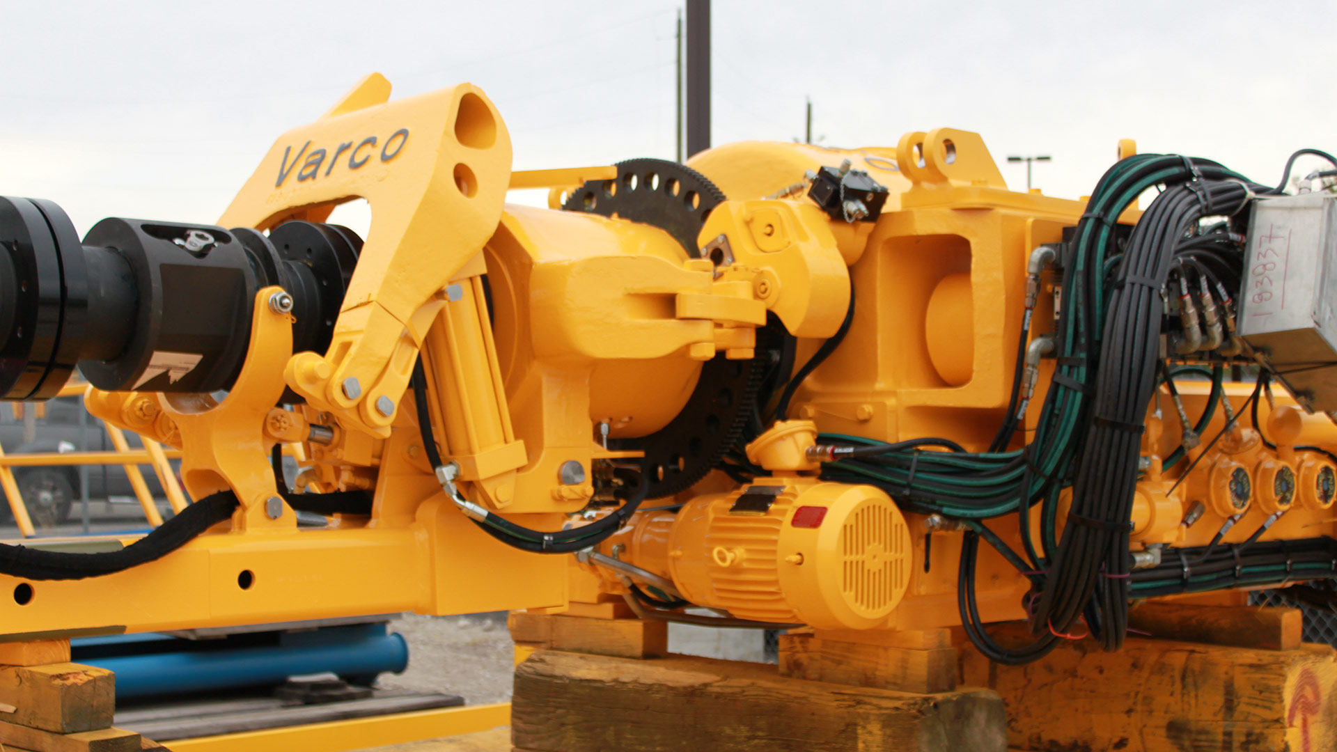 Units manufacture oilfield equipment, drilling exploration and spare parts