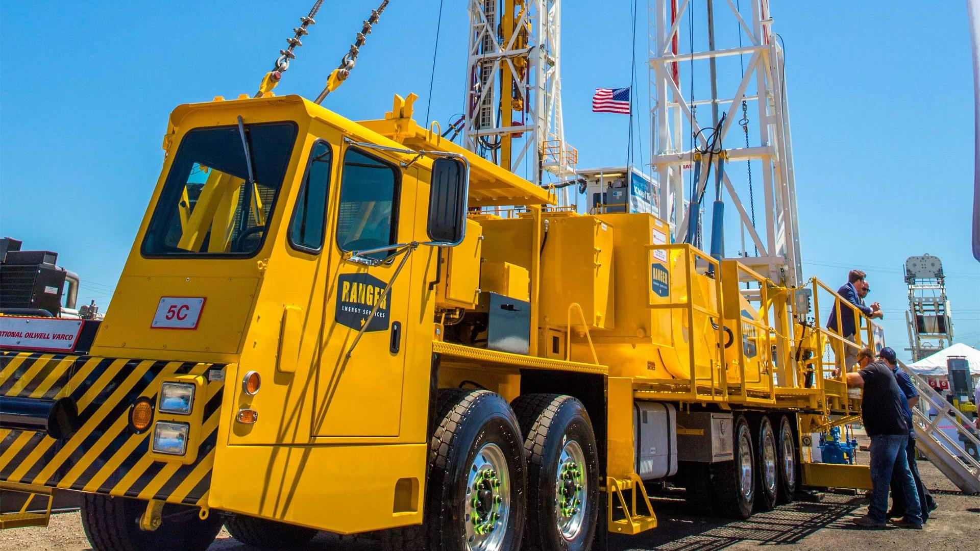 Side view of yellow mobile rig in USA