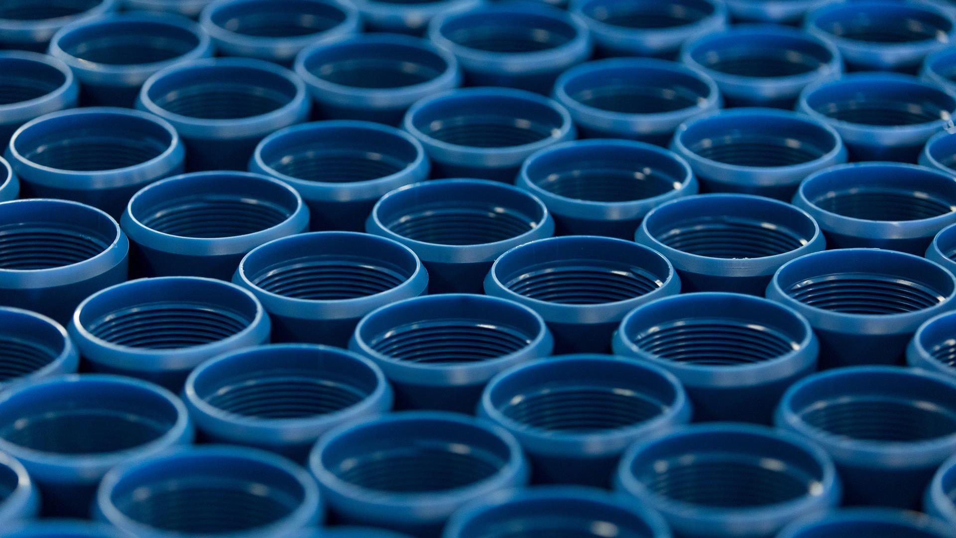 Cobalt blue Titan Tubing and Casing Thread Protectors