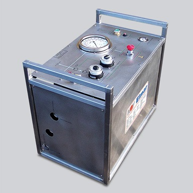 A render of a wireline 800 series pressure test unit