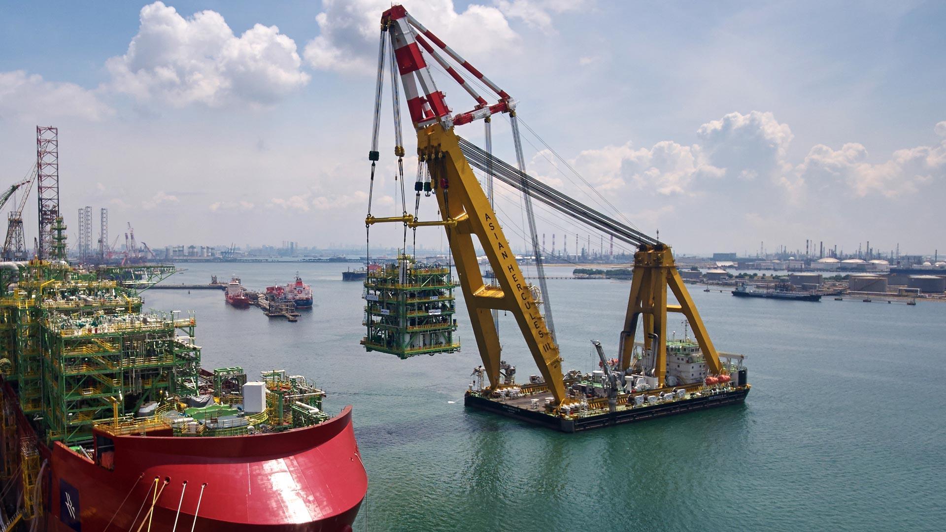 Seawater Treatment crane loading module